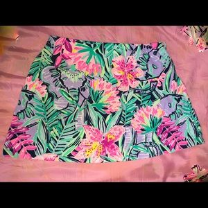 Lily Pulitzer Madison skort gold button (used)